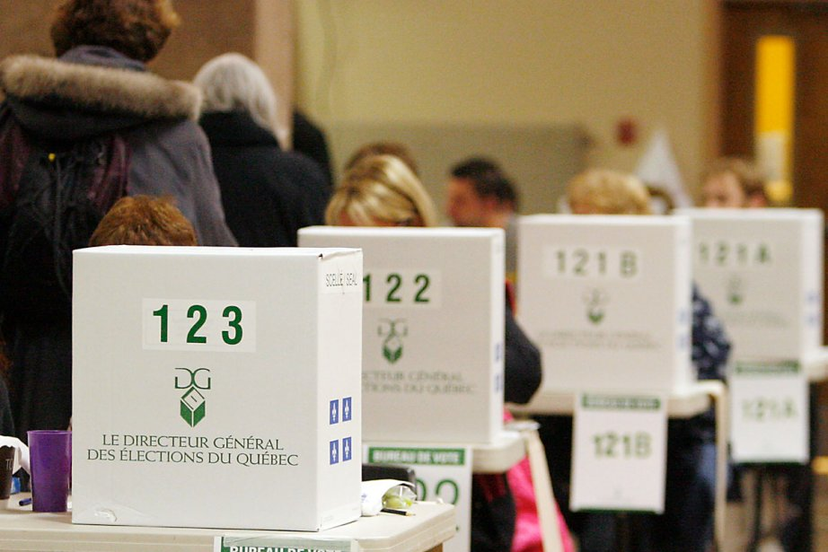 Pour l'électeur, deux décisions à prendre sur deux... (Photo: François Roy, Archives La Presse)