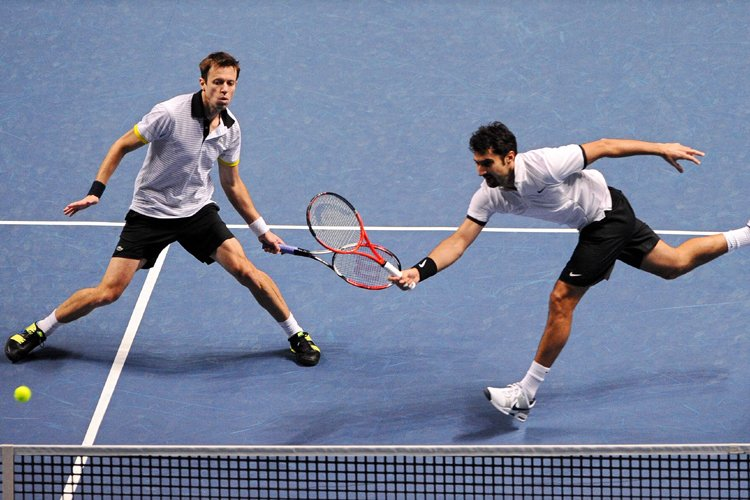 Daniel Nestor et Nenad Zimonjic... (Photo: AFP)