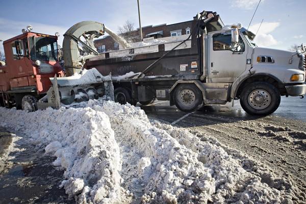 Même si le chargement de la neige ne... (Photo: Patrick Sanfaçon, La Presse)