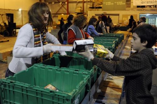 L'organisme Moisson Montréal reçoit des dons en denrées.... (Photo: Bernard Brault, La Presse)
