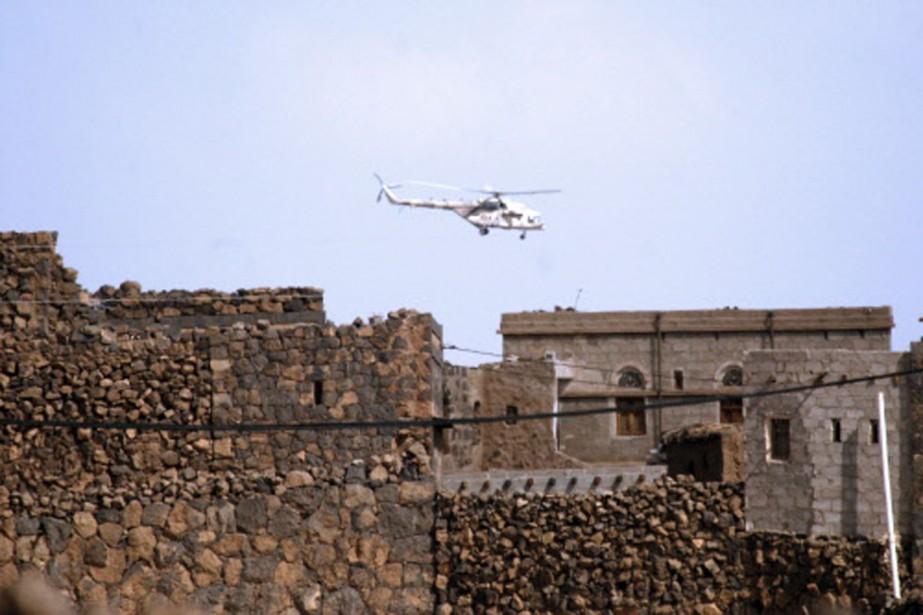 Un hélicoptère de l'armée yéménite participe à un... (Photo: AFP)