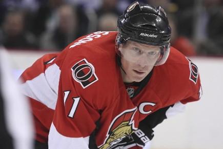 Le capitaine des Sénateurs d'Ottawa, Daniel Alfredsson,... (Photo: Le Droit)