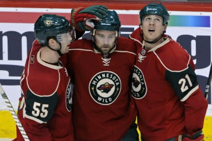Guillaume Latendresse a inscrit deux buts et le Wild du Minnesota... (Photo: AP)
