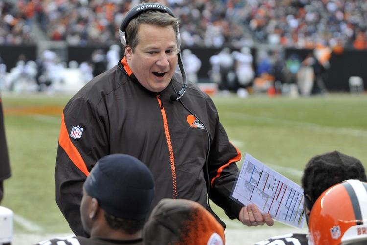 L'entraîneur des Browns de Cleveland, Eric Mangini... (Photo: AP)