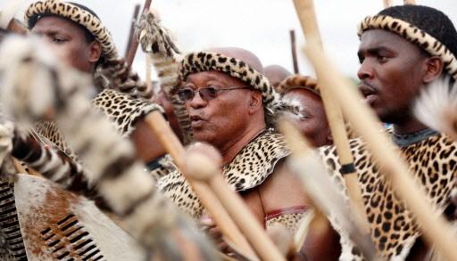 Jacob Zuma a épousé sa troisième femme lors... (Photo AFP)