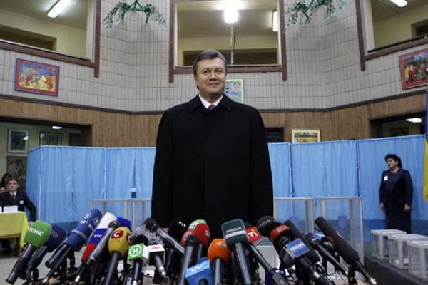 Viktor Ianoukovitch est arrivé en tête au premier... (Photo: Reuters)