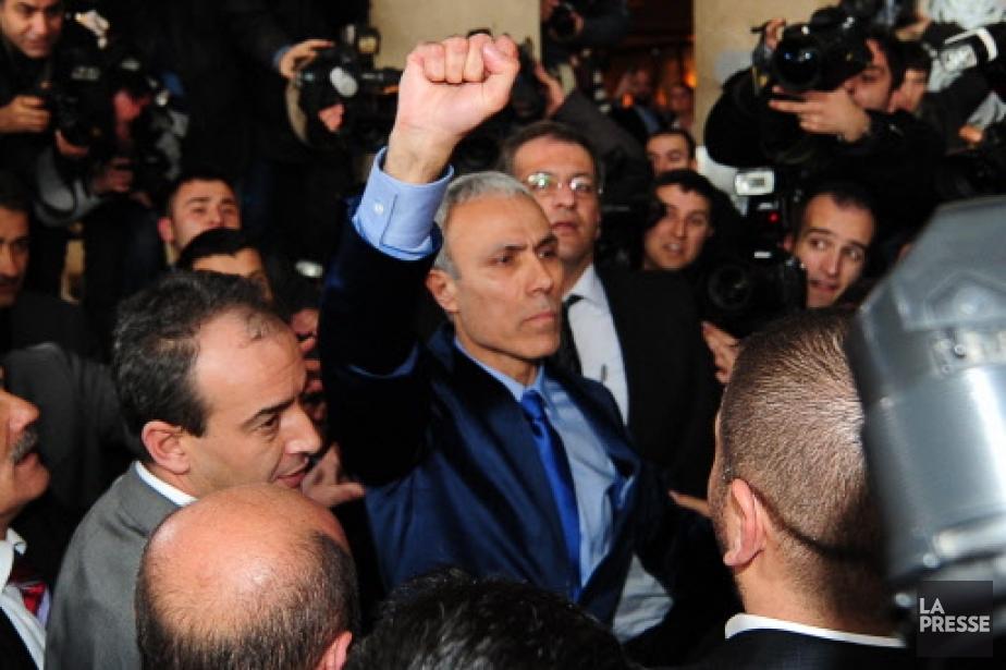 Mehmet Ali Agca, au centre, a retrouvé lundi... (Photo: AFP)