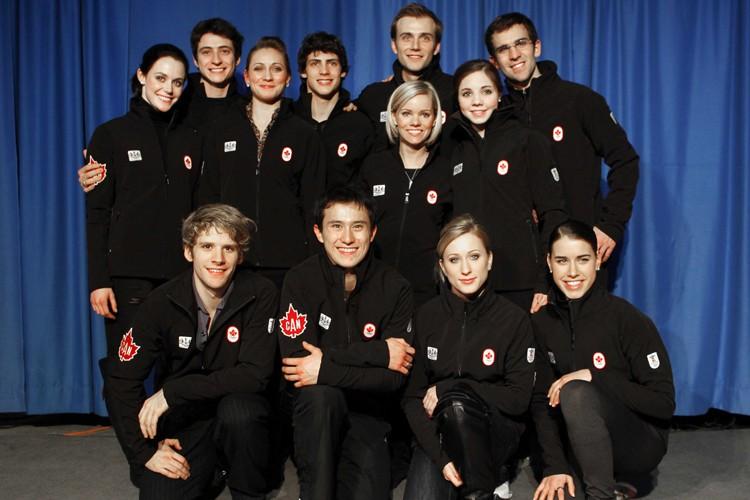Les membres de l'équipe de patinage artistique canadienne... (Photo: Reuters)