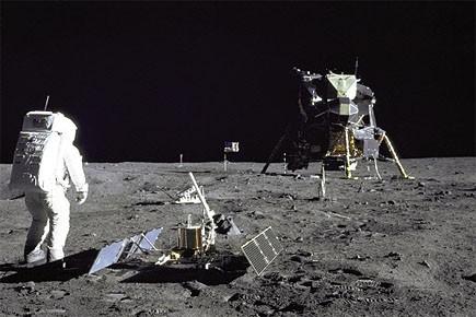 Des astronautes sur la lune durant la mission... (Photo: archives Reuters)