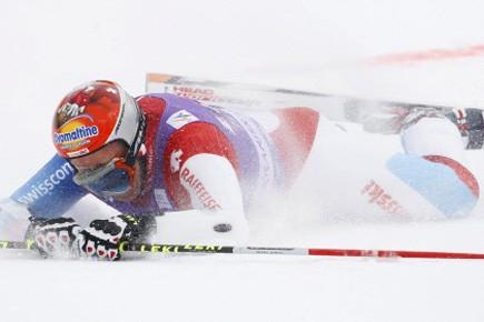 Le Suisse Didier Cuche s'est blessé lors du... (Photo: Alessandro Trovati, AP)