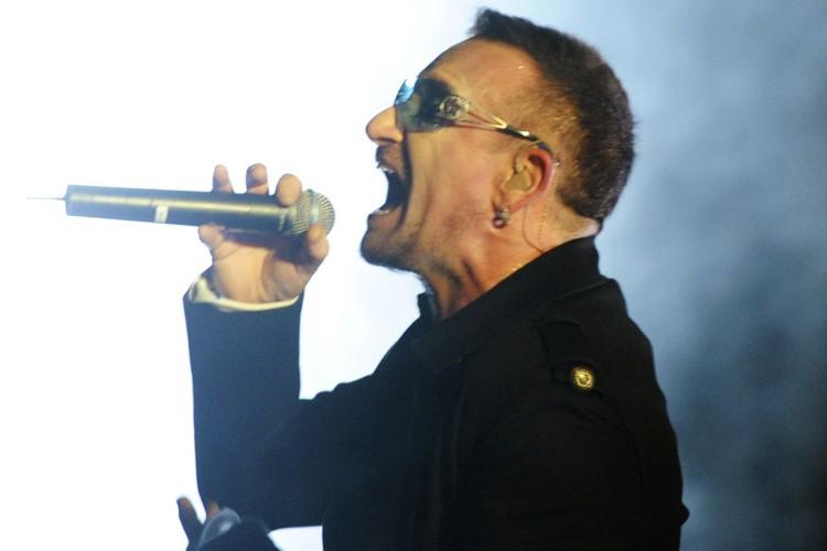 Bono... (Photo: AFP)