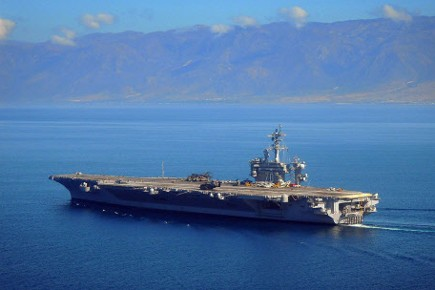 Le USS Vinson au large d'Haïti.... (Photo: AP)
