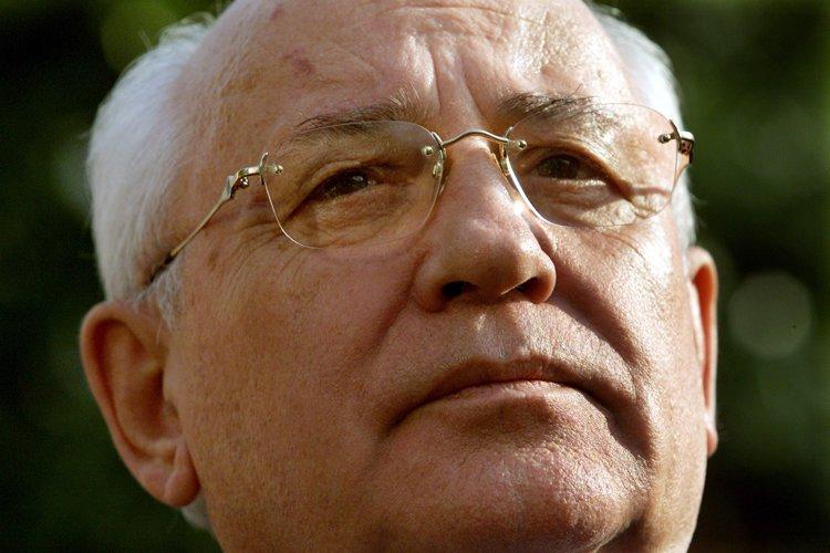 L'ancien dirigeant soviétique Mikhaïl Gorbatchev... (Photo: Archives Reuters)