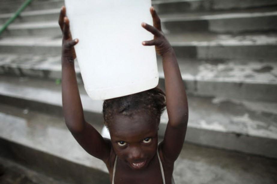 Avant le séisme, 300 000 enfants haïtiens vivaient... (Photo: Reuters)
