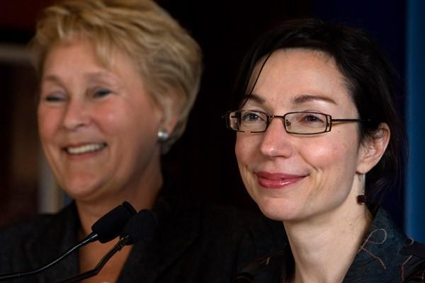 Pauline Marois et Martine Ouellet.... (Photo Robert Skinner, La Presse)