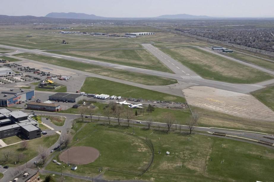 Les Longueuillois qui se plaignent du bruit à l'aéroport... (Archives La Presse)