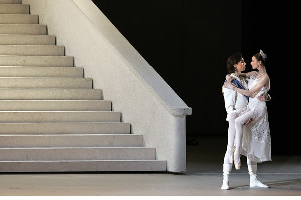 La célèbre troupe de ballet russe du Bolchoï se produira la... (Photo AFP)