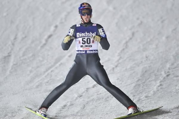 Gregor Schlierenzauer.... (Photo AFP)