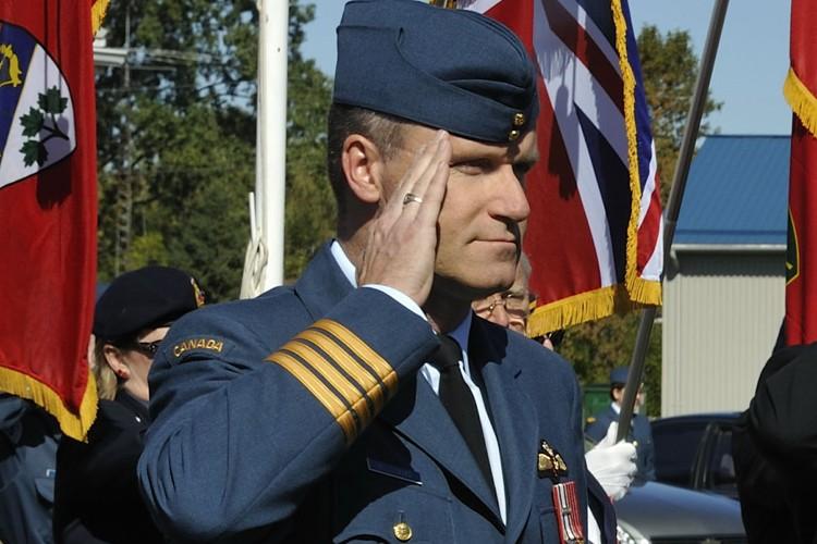 Le commandant en chef de la base militaire... (Photo: PC)