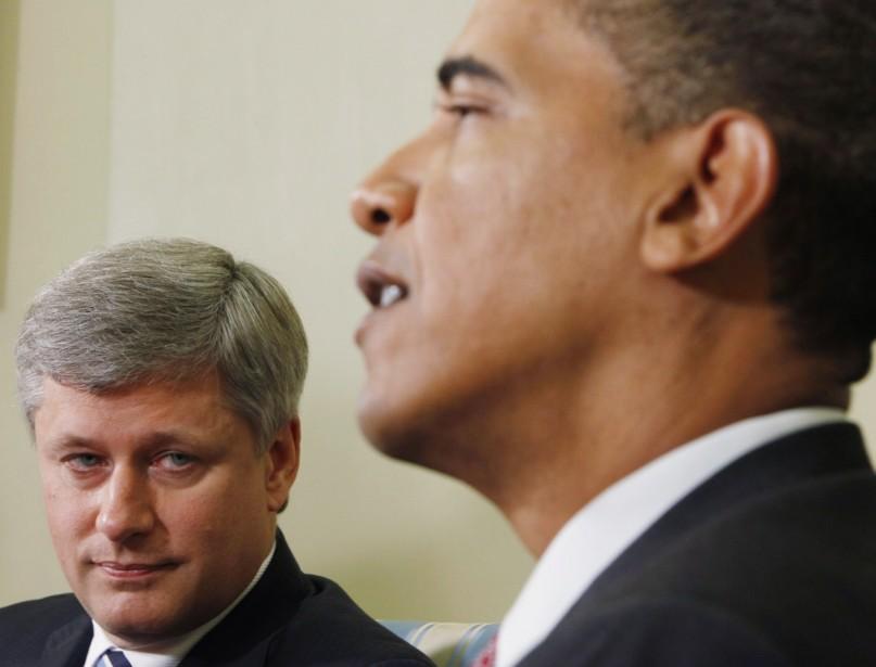 Stephen Harper et Barack Obama lors d'une rencontre... (PHOTO ARCHIVES AP)
