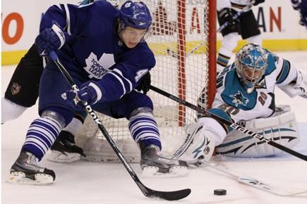 Le nouveau gardien des Maple Leafs, Jean-Sébastien Giguère, a... (Photo: PC)