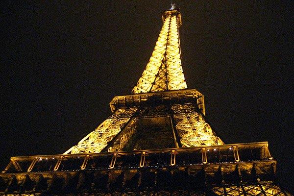 La Tour Eiffel... (Photo: Alex McMahon)