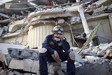 Le 17 janvier dernier, un secouriste prenait une... (Photo: Patrick Sanfaçon, La Presse)