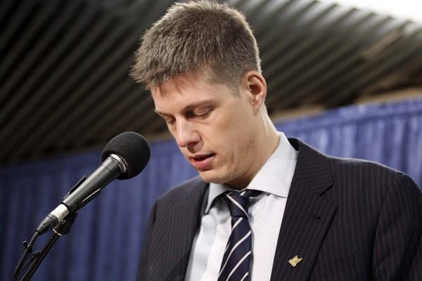 Adam Giambrone lors de la conférence de presse.... (Photo Reuters)