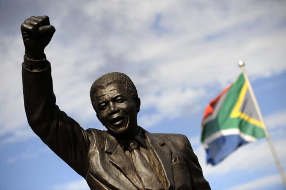 Une statue de Nelson Mandela a été érigée... (Photo: AFP)