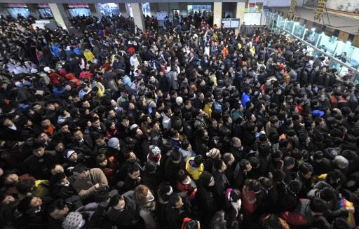 C'est la cohue dans la gare de Lanzhou... (Photo: AP)