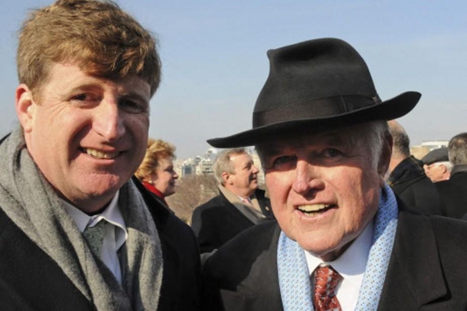 Patrick Kennedy et son père, «Ted», décédé le... (Photo: archives AP)