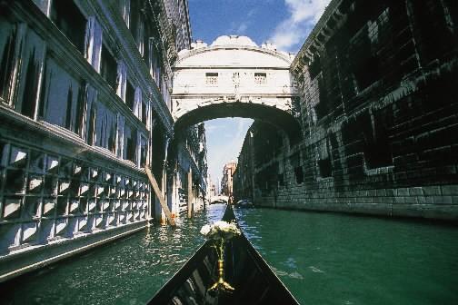 Le pont des soupirs, à Venise... (Photo: AFP)