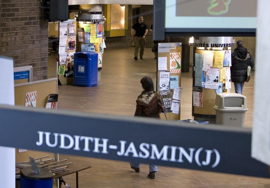 Le pavillon Judith-Jasmain de l'Université du Québec à... (PHOTO: ALAIN ROBERGE, ARCHIVES LA PRESSE)