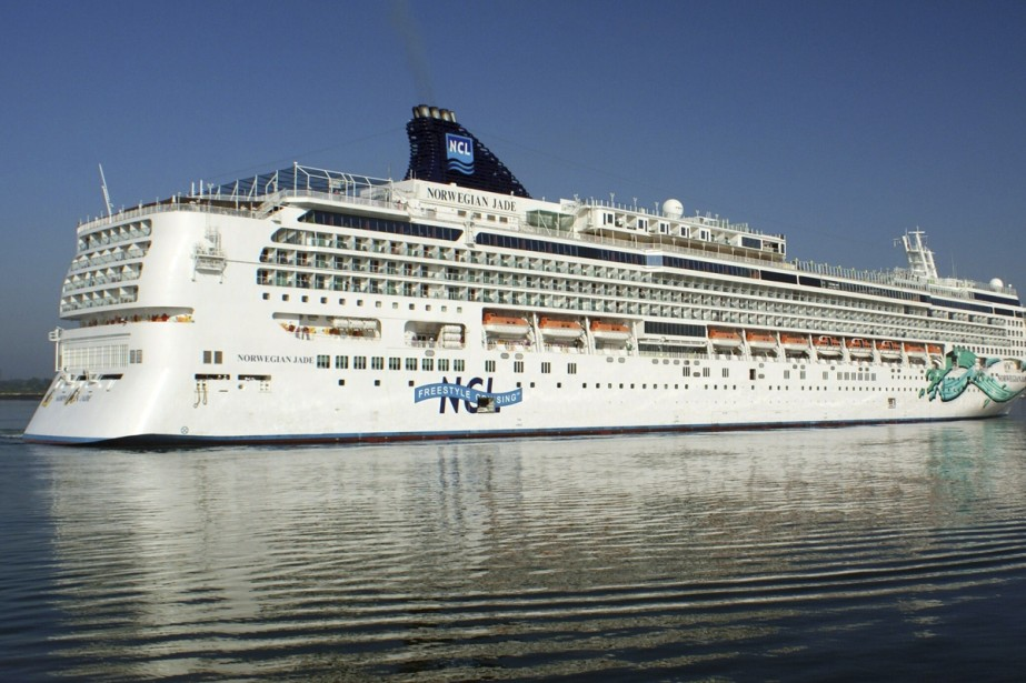 Le Norwegian Jade de Norwegian Cruise Line vogue... (Photo: fournie par Will-Joel Taylor)
