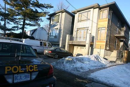 L'Ontario Provincial Police a fait une perquisition jeudi... (Photo: Patrick Woodbury, Le Droit)