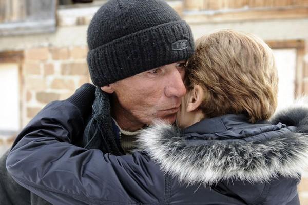Le père du lugeur Nodar Kumaritashvili.... (Photo AFP)