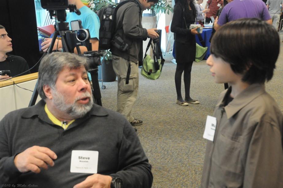 Le cofondateur d'Apple s'entretient avec un adolescent à... (Photo, mike3k, Flickr)