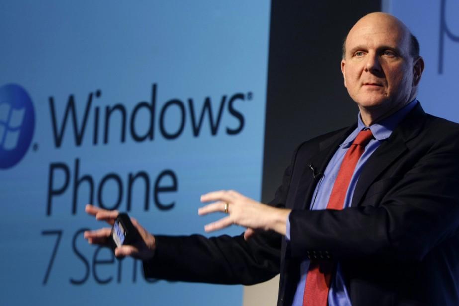 Le PDG de Microsoft, Steve Ballmer, au lancement... (Photo: Reuters)