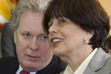 Jean Charest et Michelle Courchesne.... (Photo: Robert Skinner, La Presse)