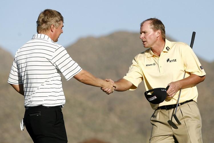 Ross McGowan (à gauche) a battu le premier... (Photo: Reuters)