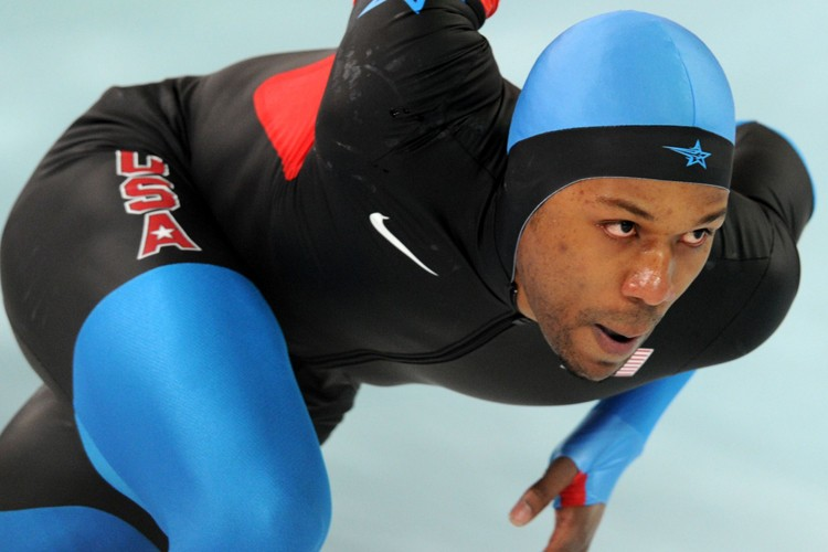 Le patineur de vitesse longue piste américain Shani... (Photo: AFP)