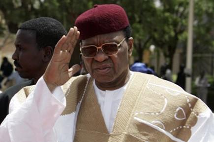 Le président Mamadou Tandja «serait retenu» dans la... (Photo: Reuters)