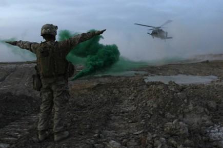 Quatre soldats de l'OTAN et sept policiers afghans... (Photo: AFP)