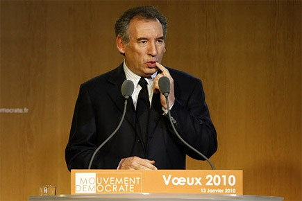 Pour le centriste François Bayrou, qui ne rêve... (Photo: archives Reuters)