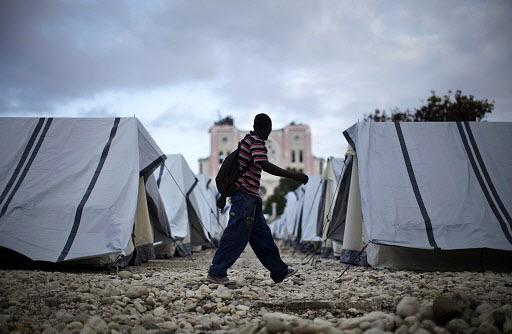L'acheminement de tentes est la priorité actuelle du... (Photo: Reuters)
