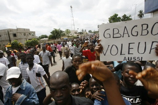 Des manifestants ont affronté les forces de l'ordre... (Photo: Reuters)