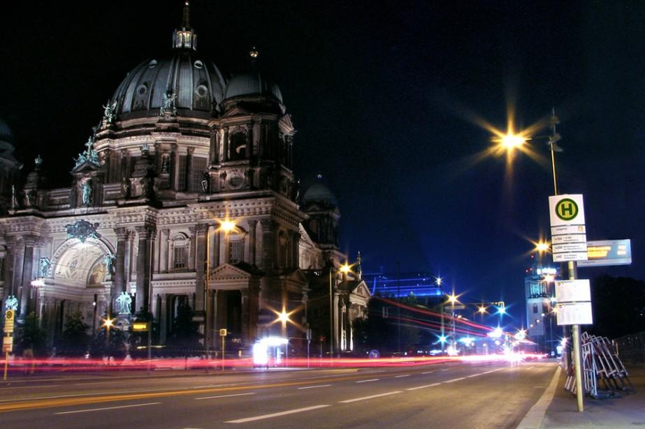 Une rue de Berlin... (Flickr.com, thefourelements)