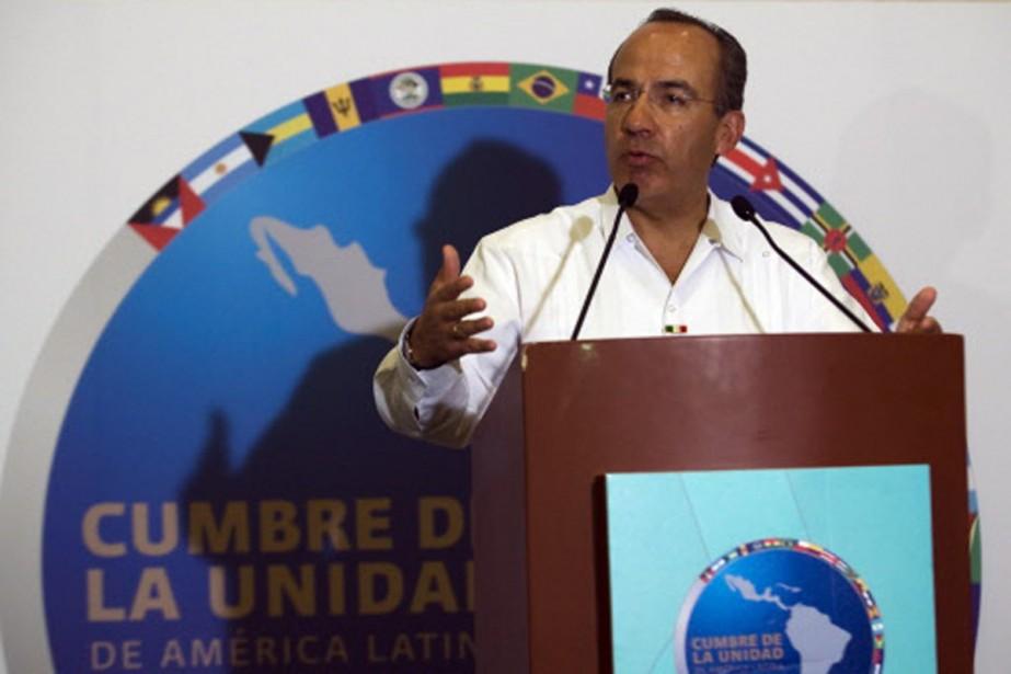 Felipe Calderon avait réclamé l'approbation de ce bloc... (Photo: AFP)