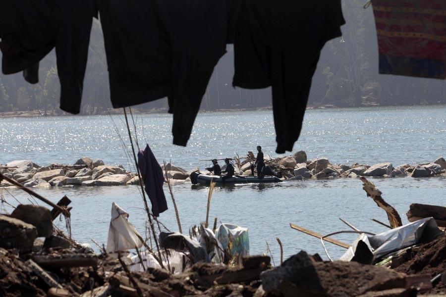 Le tsunami qui a suivi le séisme du... (Photo: AP)