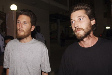 Les deux humanitaires, Olivier Denis et Olivier Frappé,... (Photo: Mohamed Nureldin Abdallah, Reuters)